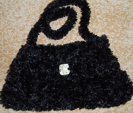 Black Crystal - knitted bag